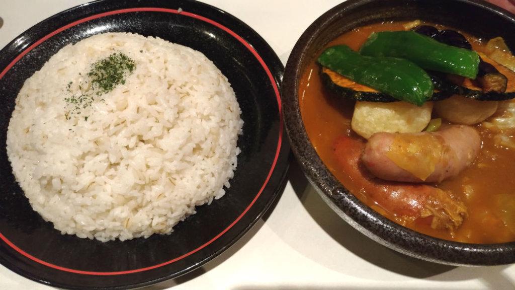 【札幌テレビ塔近く】ひげ男爵・ソーセージの美味しいスープカレー